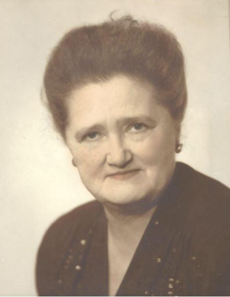 Mary Boyd's head shot, 1950s